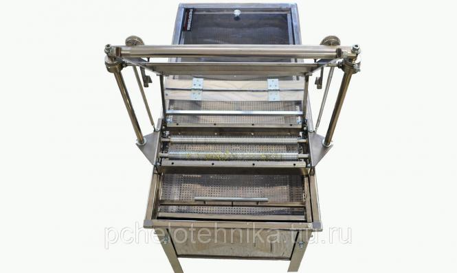 Станок для распечатки сотовых рамок с роликовыми ножами